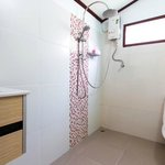  New Leaf Detox Resort - Standard Bungalow - bathroom