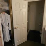  Dressing room/bathroom