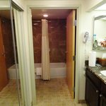 Gainey Suites Hotel: Bathroom