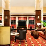  Lobby Area - HGI Bossier City
