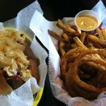 Memphis hotdog w/fries and onion rings