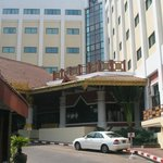 hotel summit parkview yangon