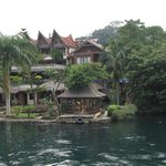  Samosir Cottages