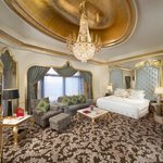 Qasr King Room