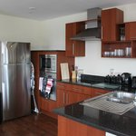 15 Merchant Exchange, Riverside Apartment - Kitchen