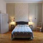  Chambre familiale 1 double 2 single