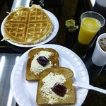  You can have toasts, waffles, muffins with coffee, OJ, and cranberry juice.