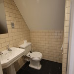  Room 19 Bathroom