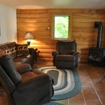 2 bedroom cabin living room
