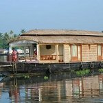  Houseboat from Motty&#39;s Homestay