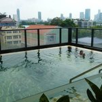 Citadines Sukhumvit 8 small pool