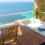Room 8 - Balcony with Jacuzzi