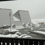  Veduta dalla camera mentre nevica