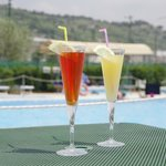  Aperitivo in piscina