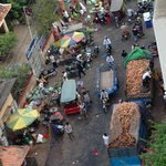 View of the side street which houses a wholesale market (choose higher floor rooms to avoid nois