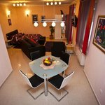 Suite Split Apartments Peric***