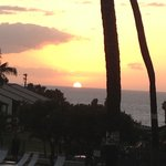 Beautiful sunset from our lanai!!!