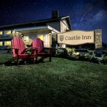 Night-time at the Castle Inn