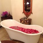  Rose petal bath on arrival