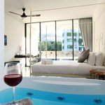  Surintra Boutique Resort - Grand Deluxe Terrace with Jacuzzi