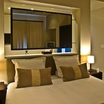  Luxury Room 2