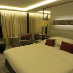 King Bed Premier Full Harbour View Room