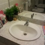Bathroom - washbasin