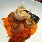scallops with crispy black pudding