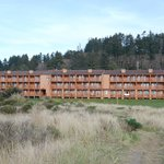  Looking back at hotel from beach access
