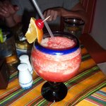  Miami Vice - 1/2 stawberry daquiri 1/2 pina colada = YUM