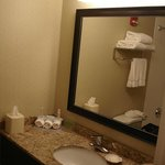 Φωτογραφία: Holiday Inn Express Hotel And Suites Merrimack