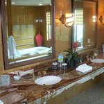 President Suite Bathroom