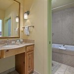 King Whirlpool Suite - Bathroom