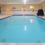  CountryInn&amp;Suites Berea  Pool