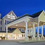 CountryInn&Suites Berea  ExteriorNight