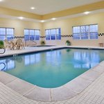 CountryInn&Suites Louisville Pool