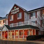  CountryInn&amp;Suites Manteno  ExteriorNight