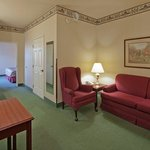 CountryInn&Suites Wausau Suite