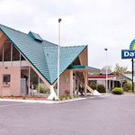 Welcome to the Days Inn, Perry