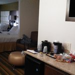 Photo de Holiday Inn Express & Suites Huntsville Airport