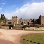 Muncaster castle