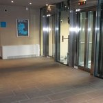  Lift in den Stockwerken