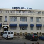  Hotel Aan Zee exterior