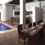  comedor, piscina y cocina