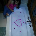 Water villa Tub decoration