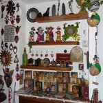  En el comedor hay una pequea tienda-exhibicin