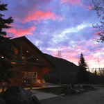  Kantishna Roadhouse Lodge- sunset (September 2012)