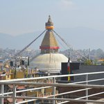  Boudnath Stupa von der Dachterrasse des Hotel Tibet Int.