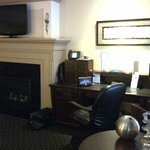  Jr. King suite
