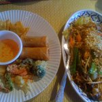Thai Phoon appetizer and pad thai